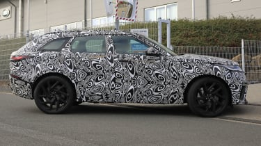 range rover velar svr spies side 2