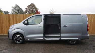 Vauxhall Vivaro-e - side