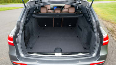 Mercedes-AMG E 63 Estate 2017 - boot