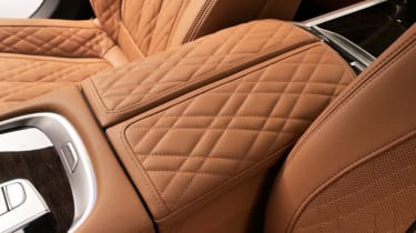 BMW 7 Series facelift - interior detail