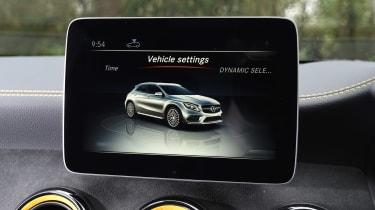 Mercedes-AMG GLA 45 Yellow Night Edition - infotainment screen