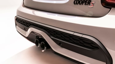 MINI 3-door hatch facelift - exhaust