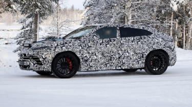 Lamborghini Urus spy - side