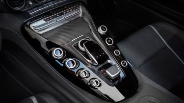 Mercedes-AMG GT C Roadster 2017 - centre console