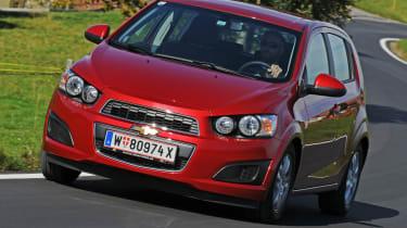 Chevrolet Aveo 1.3 VDCi Eco front cornering