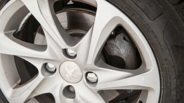 Used Peugeot 208 - wheel