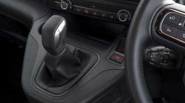 Berlingo gear lever