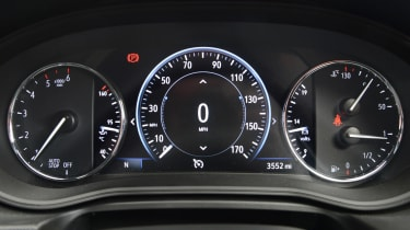 Vauxhall Insignia Grand Sport - instrument dials