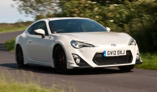 Toyota GT 86 TRD front side
