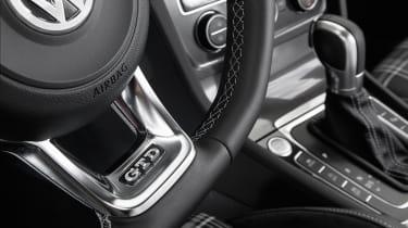 Volkswagen Golf GTD steering wheel