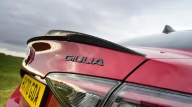 Alfa Romeo Giulia Quadrifoglio - badge