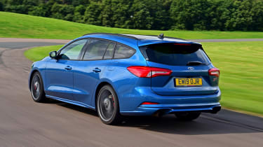 Ford Focus ST Estate - rear tracking