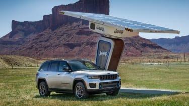 Jeep Grand Cherokee 4xe - charging