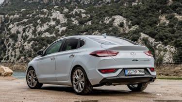 Hyundai i30 Fastback - rear static