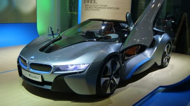 BMW i8 Spyder concept front three-quarters