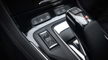 Vauxhall Grandland X Hybrid4 - centre console