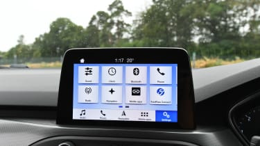 Ford Focus - screen
