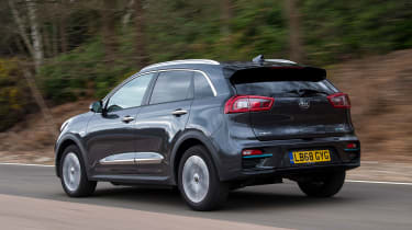 Kia e-Niro rear tracking