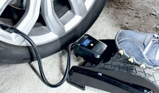 Best car foot pumps - header