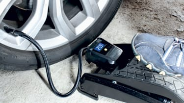 Best car foot pumps - header