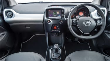 Toyota Aygo x-clusiv - dash