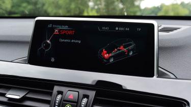 BMW X1 2016 - infotainment