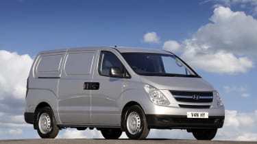 The iLoad van is based on the i800 people carrier.