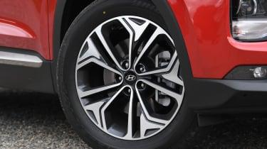 hyundai santa fe alloy wheel