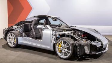 Porsche 911 - cutaway
