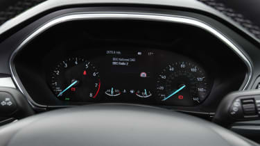 Ford Focus - Instruments