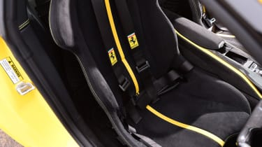 Ferrari 812 Superfast - seat