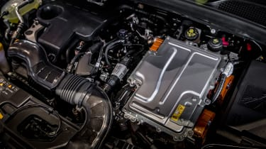 Renault Clio E-Tech - engine