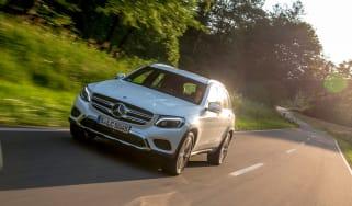 Mercedes GLC 350e - front tracking