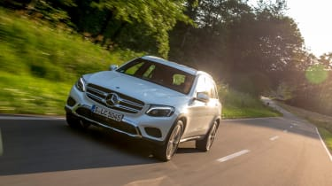 Mercedes GLC 350e - front tracking