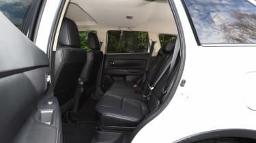 Mitsubishi Outlander - rear seats