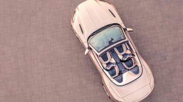 Aston Martin DB11 Volante - full above