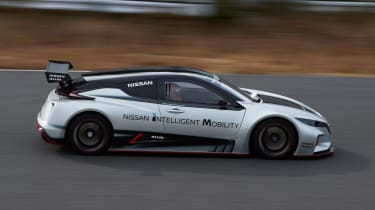 Nissan Leaf Nismo RC - side action