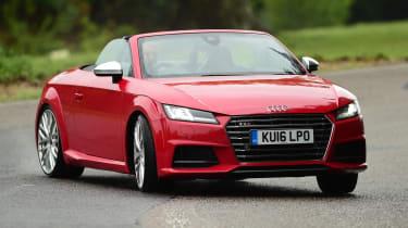 Audi TTS Roadster 2016 - front drift