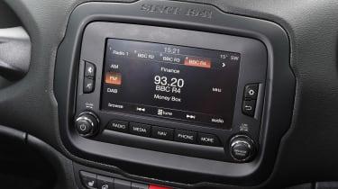 Jeep Renegade - infotainment screen