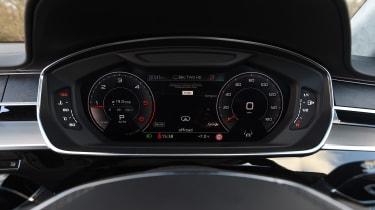 Audi A8 - speedo