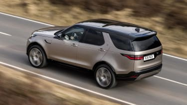 Land Rover Discovery - rear action