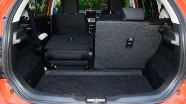 Suzuki Ignis - loadspace