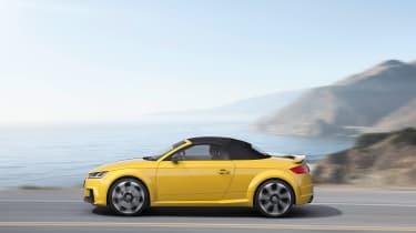 Audi TT RS - side profile