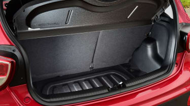 Hyundai i10 facelift 2017 - boot