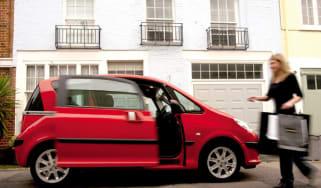 Peugeot 1007 Dolce sliding doors