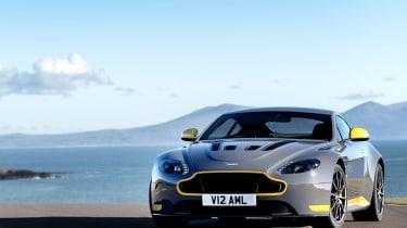 Aston Martin V12 Vantage S 2016 - front static