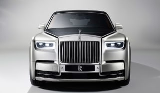 Rolls-Royce Phantom - full front