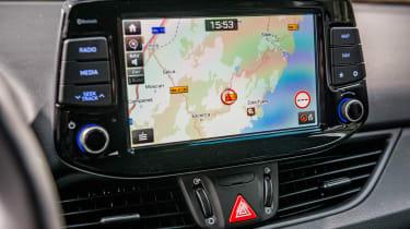 Hyundai i30 Fastback - sat-nav