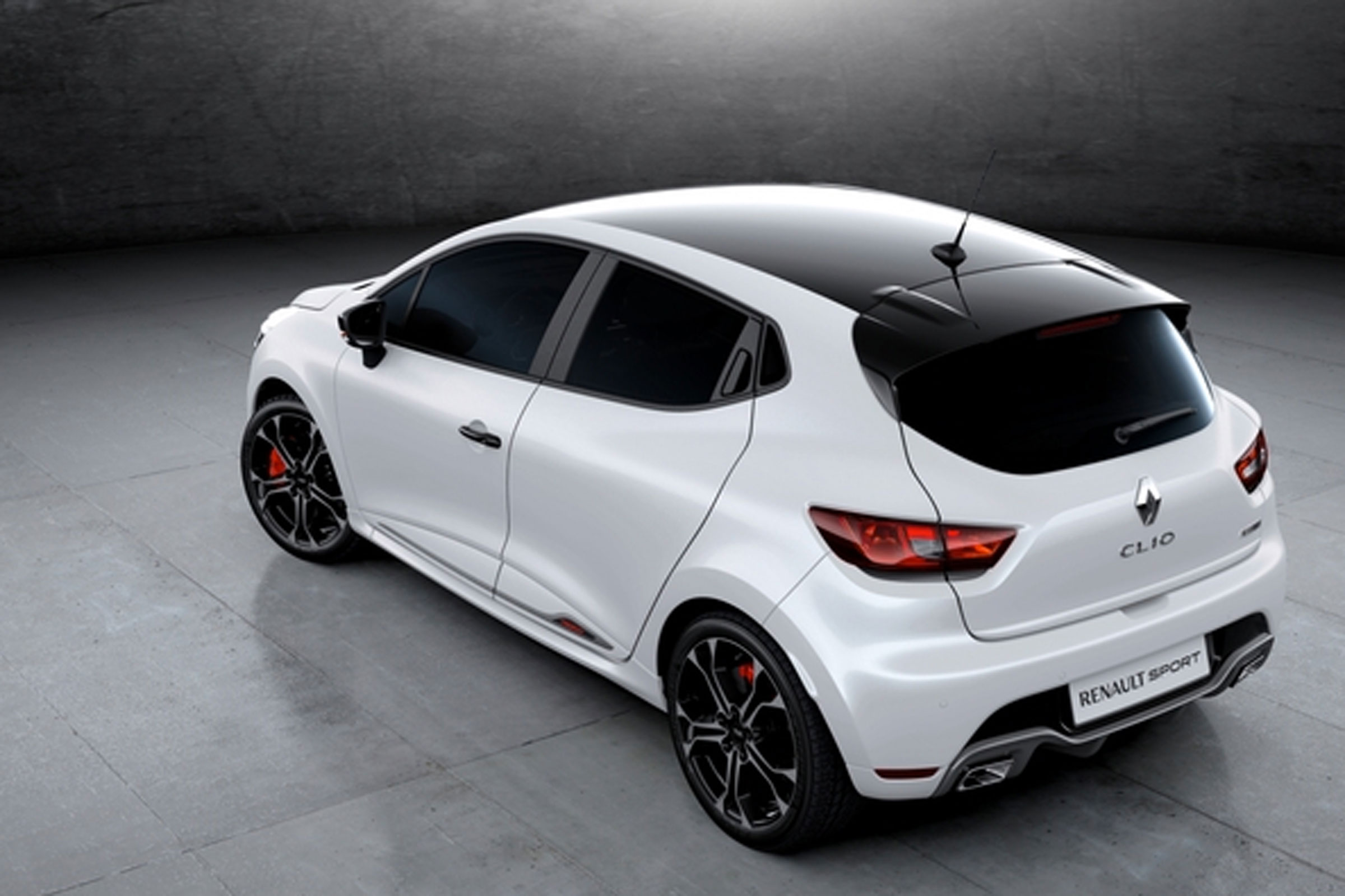 Renault Clio Renaultsport Trophy Leaks Ahead Of Geneva Reveal Auto Express