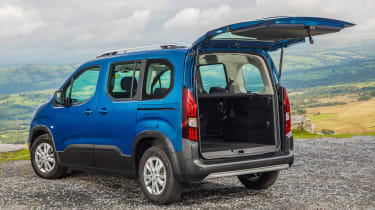 Peugeot Rifter Allure BlueHDI diesel open boot